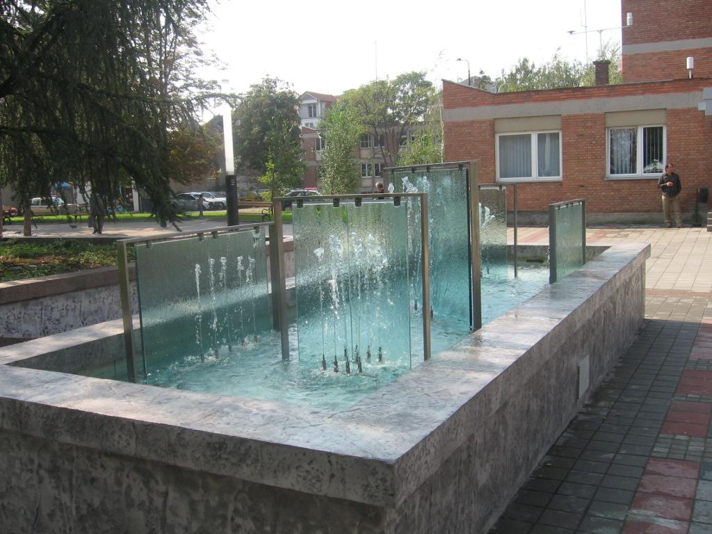 Aqua Mramor - Fontana kod opštine Obrenovac